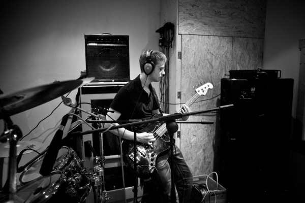 Dunning Krueger Band recording in Hettenshausen, on June 25, 2011. (Photo by Janine Stengel©2011)